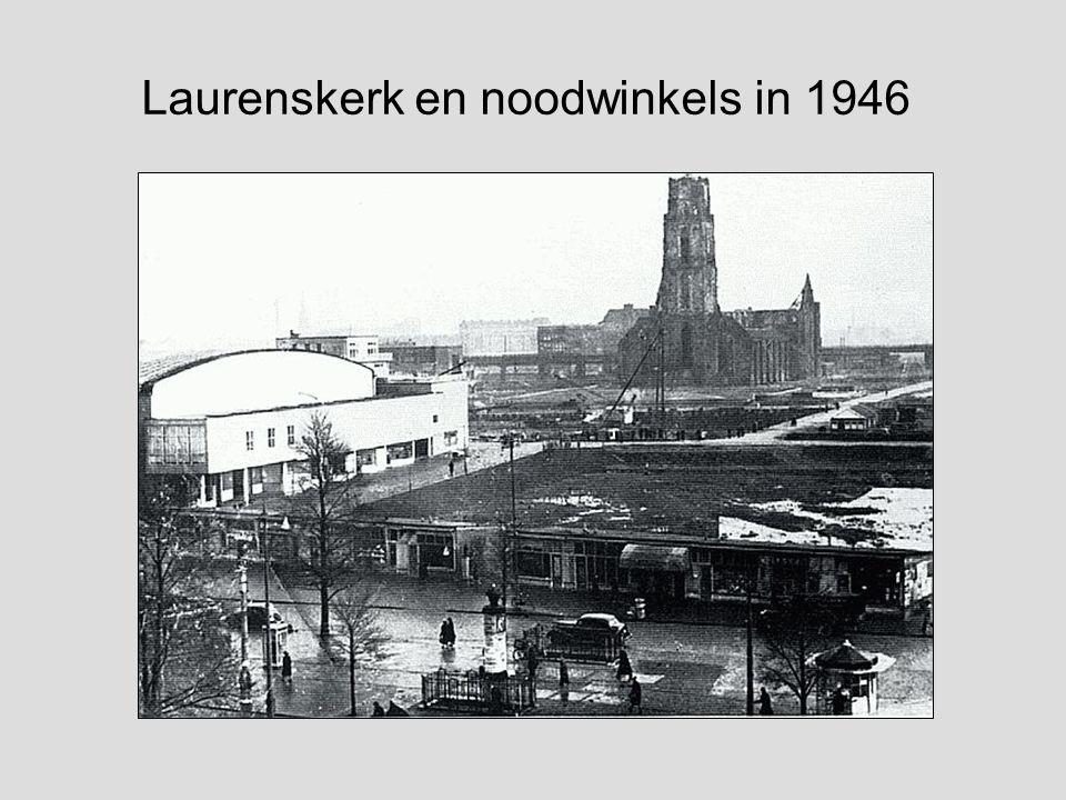 De St.Laurenskerk na het bombardement in mei 1940. De prachtige Laurenskerk was totaal verwoest, alleen de meeste muren stonden nog overeind, maar ver