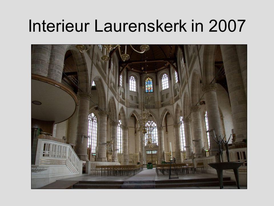 Huidig interieur Laurenskerk