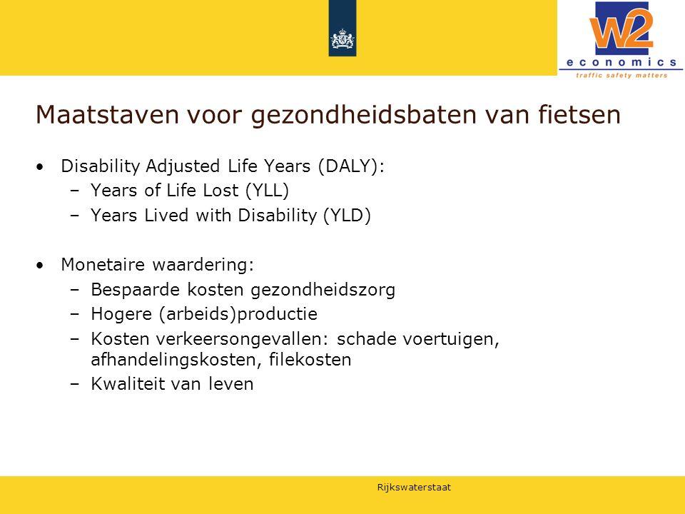 Rijkswaterstaat Maatstaven voor gezondheidsbaten van fietsen Disability Adjusted Life Years (DALY): –Years of Life Lost (YLL) –Years Lived with Disabi