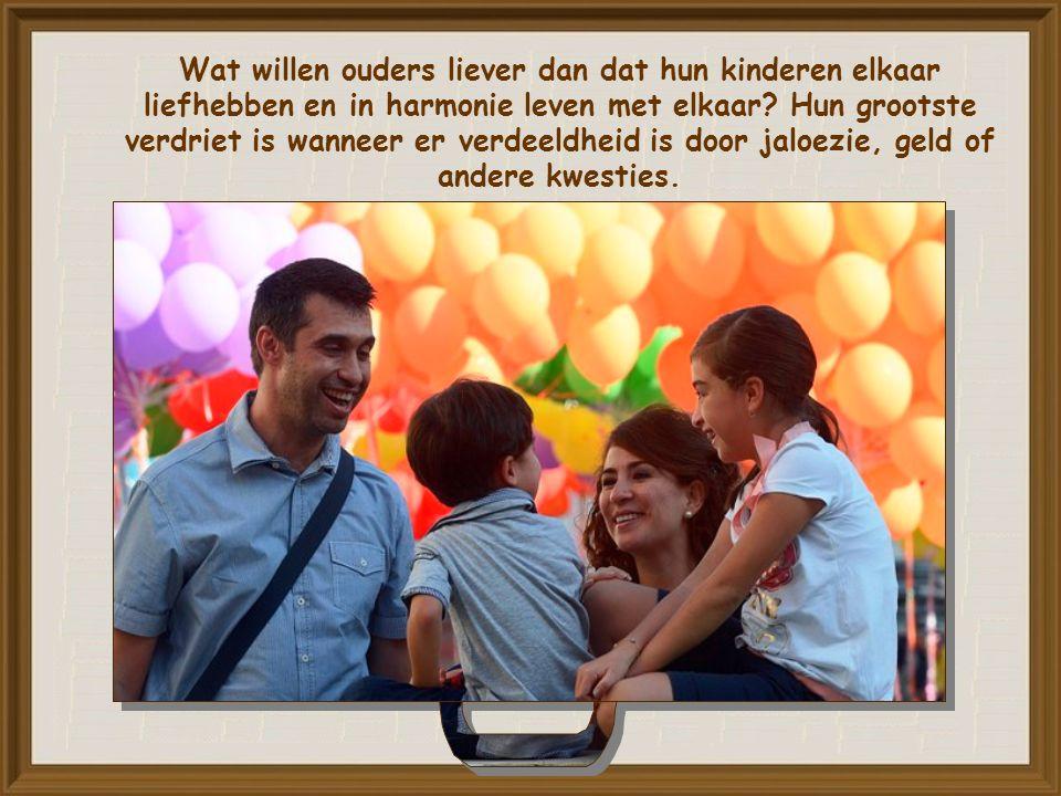 Woord Van Leven November 2015 Laat hen allen één zijn. Johannes 17, 21 Commento di P.