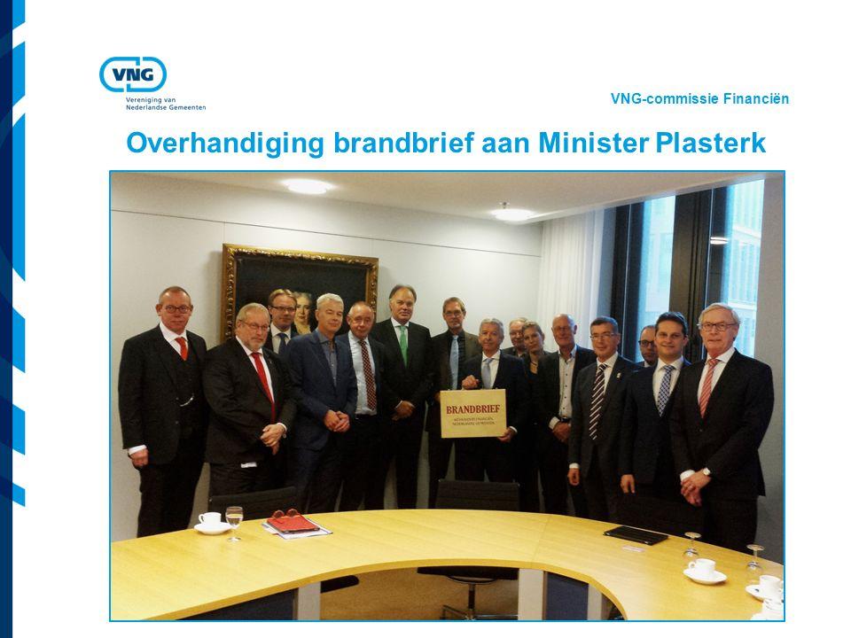 Vereniging van Nederlandse Gemeenten Overhandiging brandbrief aan Minister Plasterk VNG-commissie Financiën