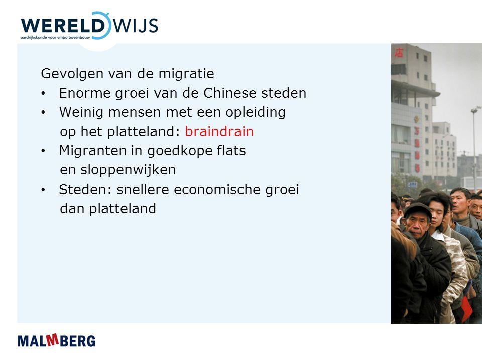 Paragraaf 3 Verstedelijking in China Groei van Chinese steden Vier periodes van industrialisatie: 1.