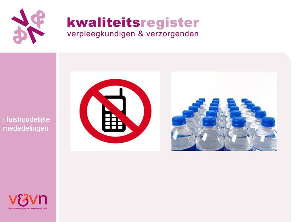 Kwaliteits- register V&V Kwaliteitsregister V&V Ontstaan in 2007 Voor herregistratie moet je 184 punten in 5 jaar halen Verdeeld over de canMEDS-rollen 2009 eerste herregistraties (harmoniserende registers)