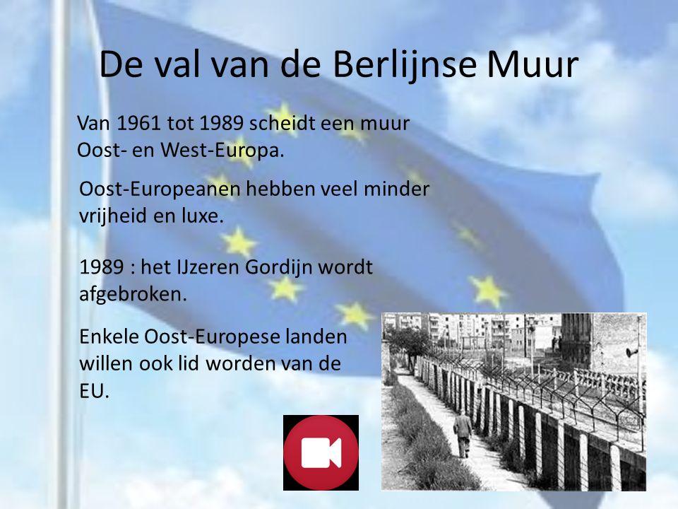 NOG MEER LANDEN DOEN MEE Ondertussen sloten meer en meer landen aan bij de EEG: In 1973 kwamen Groot-Brittannië, Denemarken en Ierland bij de EEG.