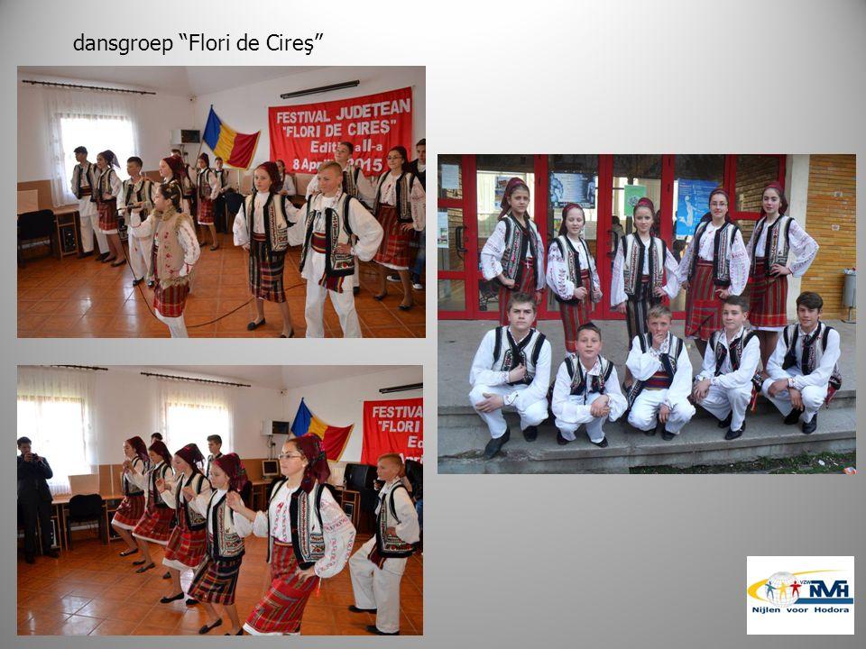 dansgroep Flori de Cireş