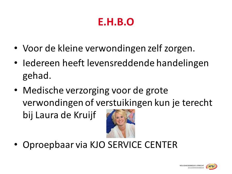 E.H.B.O Voor de kleine verwondingen zelf zorgen. Iedereen heeft levensreddende handelingen gehad. Medische verzorging voor de grote verwondingen of ve
