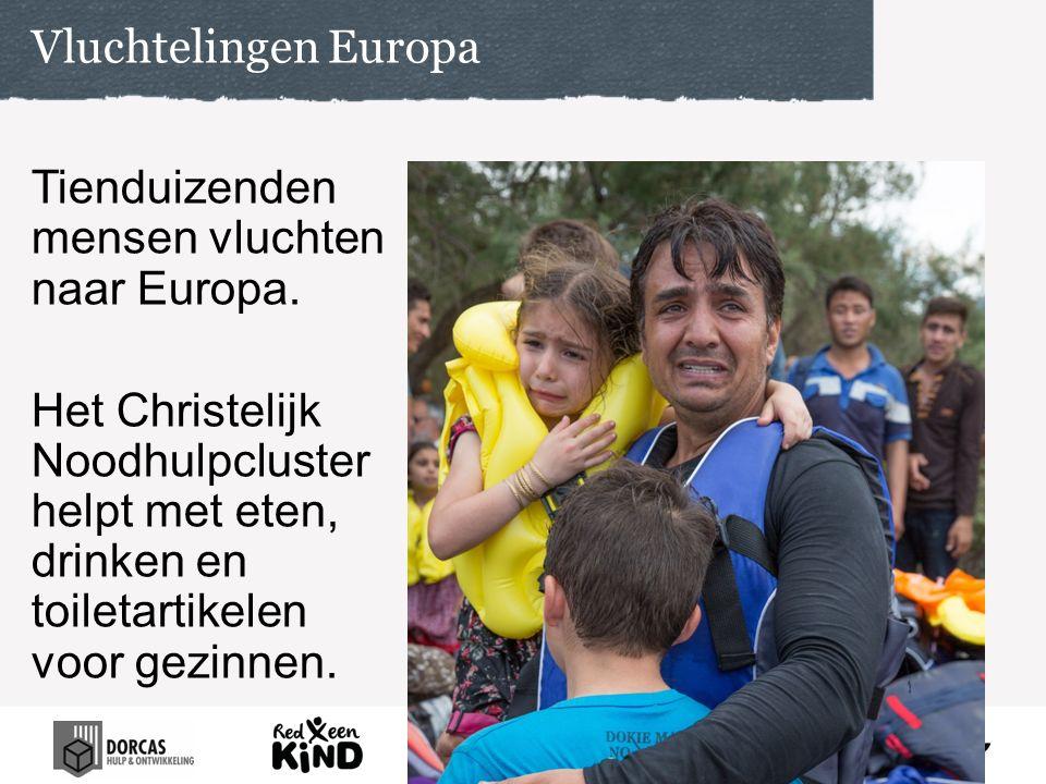Tienduizenden mensen vluchten naar Europa.