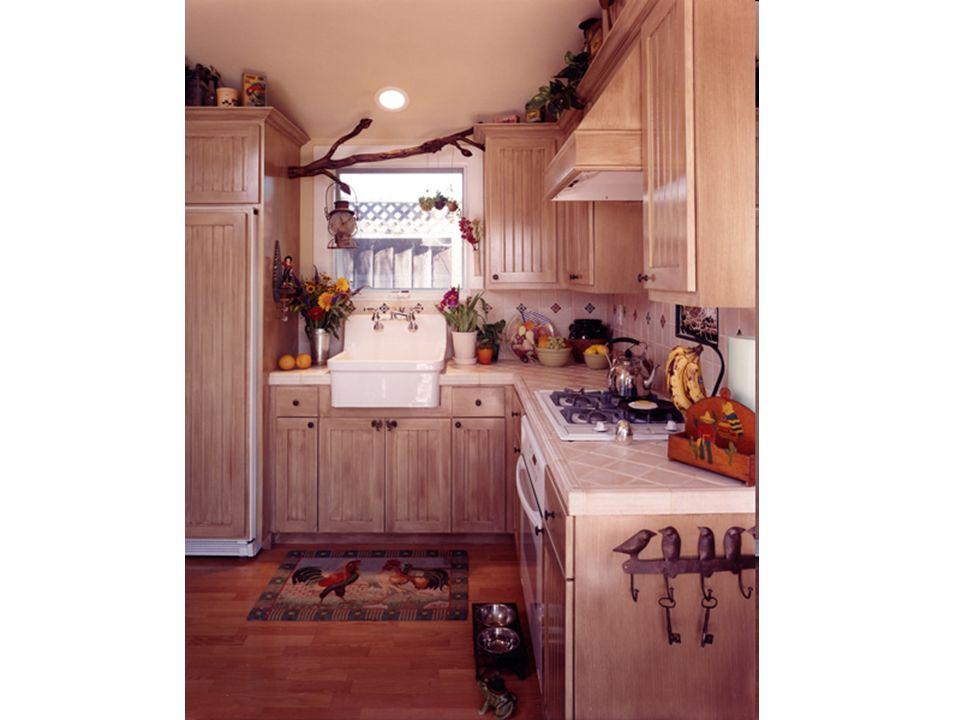 De keukenkast De koelkast = de ijskast De diepvries Het aanrecht De gootsteen De oven Het fornuis (het vuur, de kookplaat) De keuken