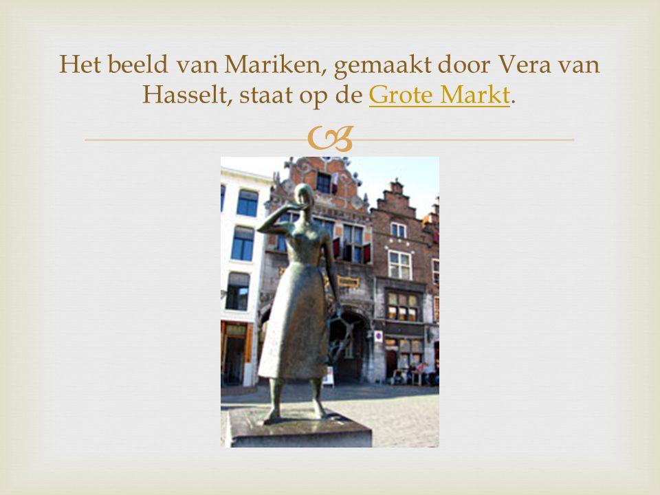  Het beeld van Mariken, gemaakt door Vera van Hasselt, staat op de Grote Markt.Grote Markt