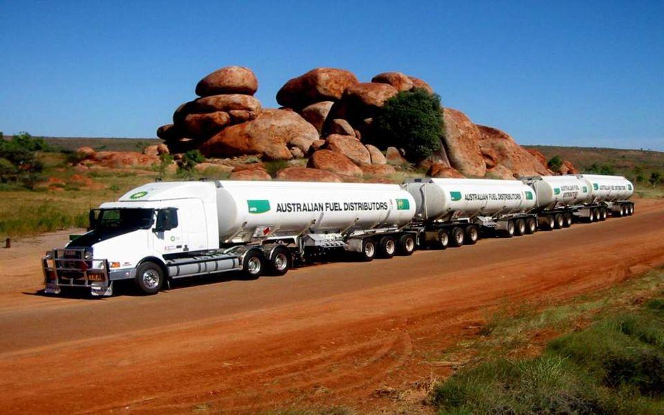 Australie, en zijn reuzen op de weg