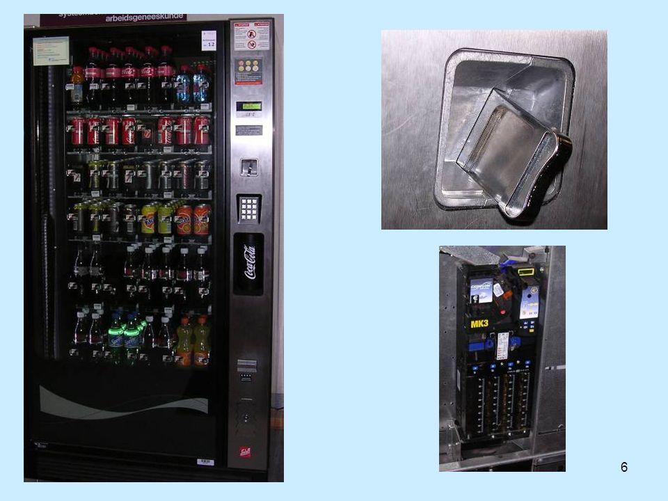 17  Controle financieel  Temperatuur (ACS-HACCP)  Vervaldata  Veiligheid  Prijzenpolitiek  Ergonomie  input/output controle AANDACHTSPUNTEN