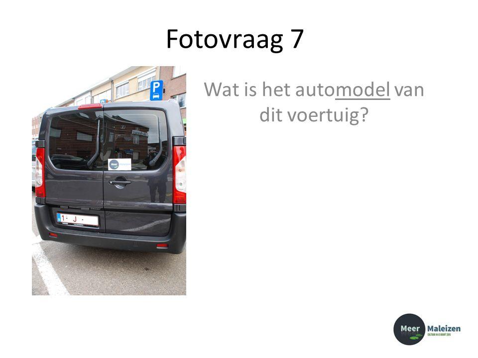 Fotovraag 7 Wat is het automodel van dit voertuig?