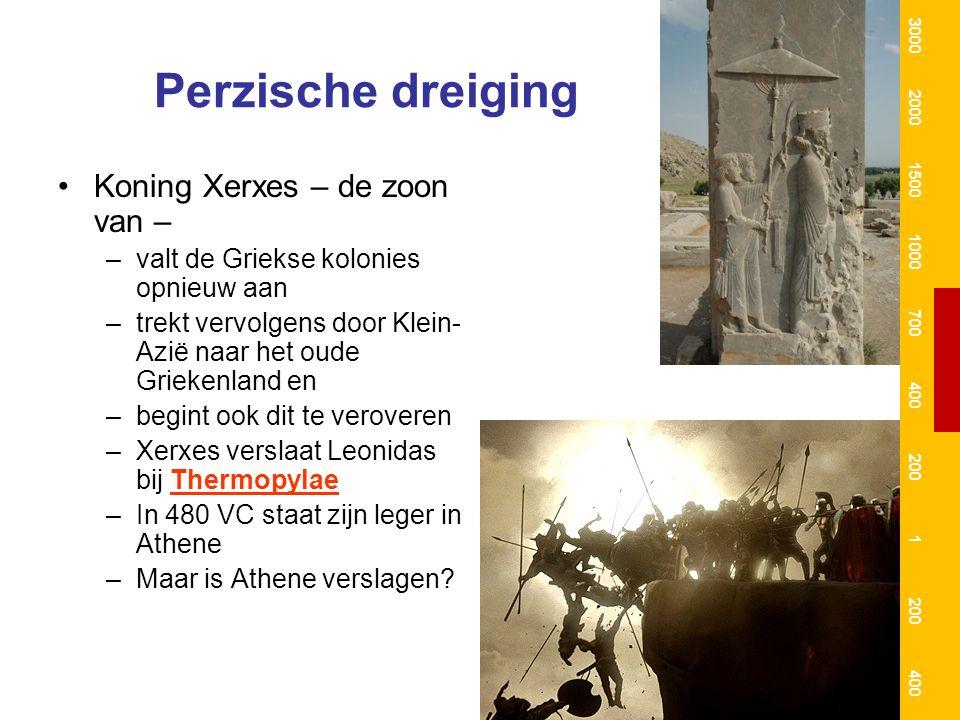 Perzische dreiging Koning Xerxes – de zoon van – –valt de Griekse kolonies opnieuw aan –trekt vervolgens door Klein- Azië naar het oude Griekenland en