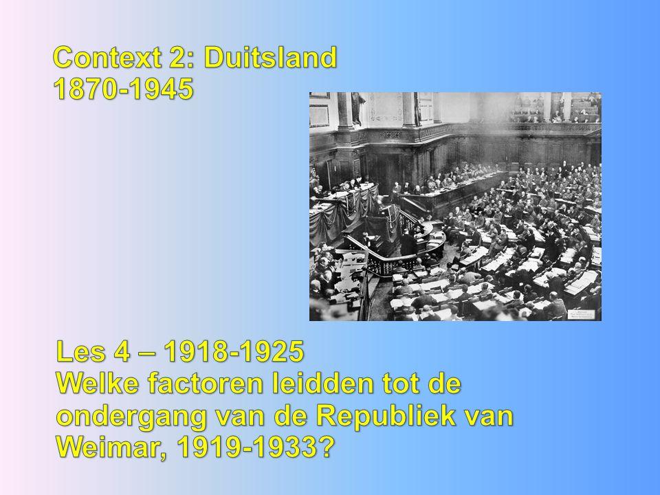 De grote 3 hadden alle andere belangen aan de onderhandelingstafel Frankrijk wraak en klein maken Duitsland opdat zij weer het machtigste land op het continent zou worden Engeland handelsbelangen en behoud wereldmacht VS orde en vrede in de wereld Wilson, Clemenceau & Lloyd George Vrede van Versailles a.k.a.