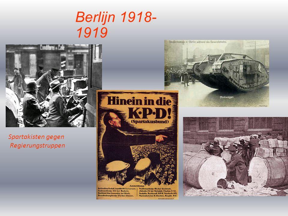 Vanwege de blijvende onrust in Berlijn kwam de Rijksdag bijeen in Weimar om de nieuwe grondwet te bekrachtigen.