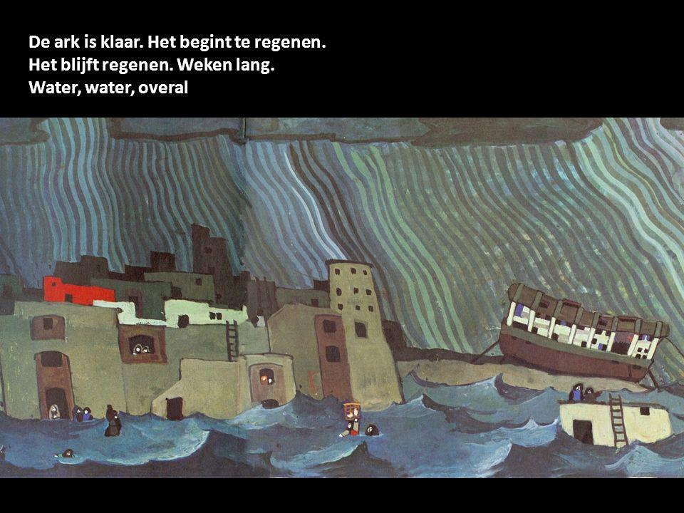Noach met zijn vrouw en kinderen gaan in de ark.