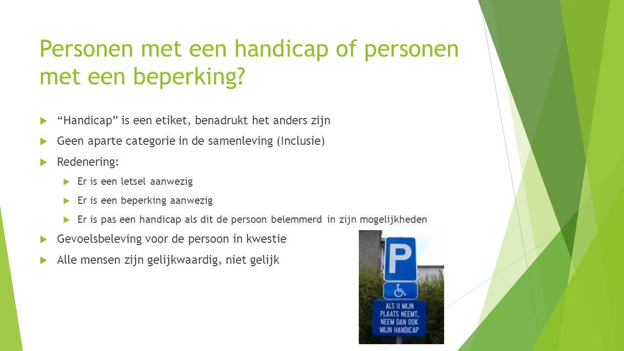 Personen met een handicap of personen met een beperking.