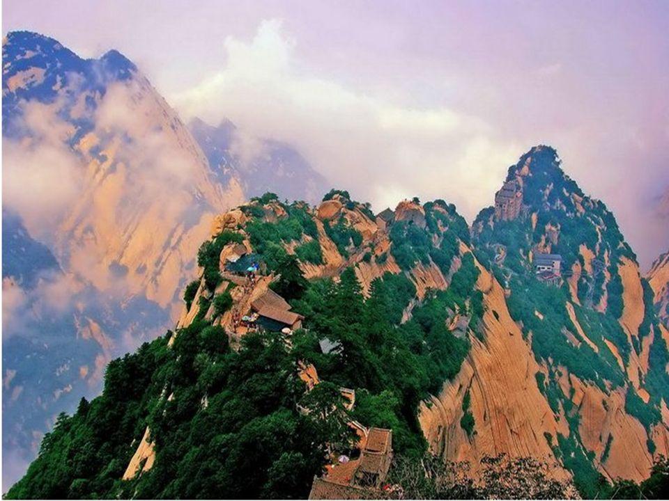 Adembenemend uitzichten Vues fascinantes Breathtaking views Atemberaubende Aussichten
