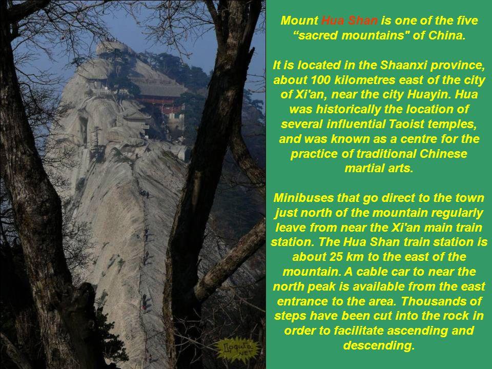 La montagne est renommée pour ses falaises raides et pittoresques, ainsi que pour ses montées dangereuses. Avec plusieurs pics jusquà 2100 m, liés par