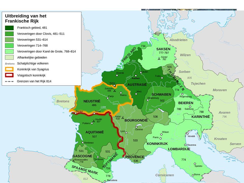 Het Frankenrijk  Gebieduitbreiding door oorlog en moorden  498: bekeert zich tot het christendom. Steun van de kerk Frankische Rijk v.a. 800 in hand