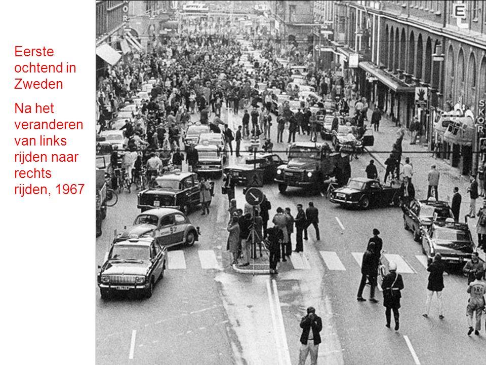 Eerste ochtend in Zweden Na het veranderen van links rijden naar rechts rijden, 1967