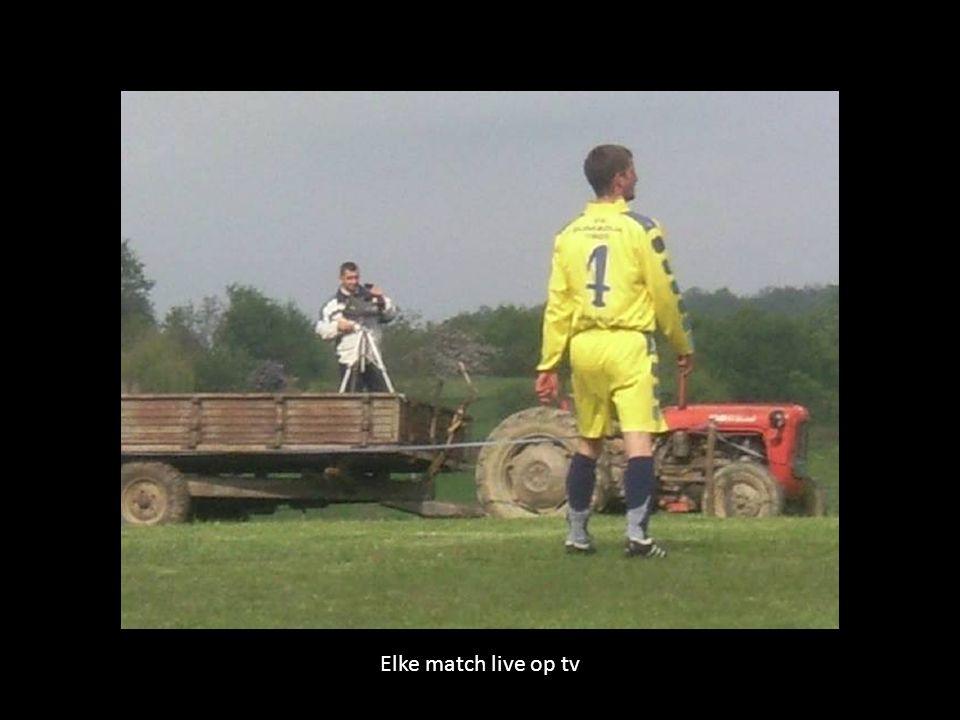 En ook af en toe een streaker op het veld…
