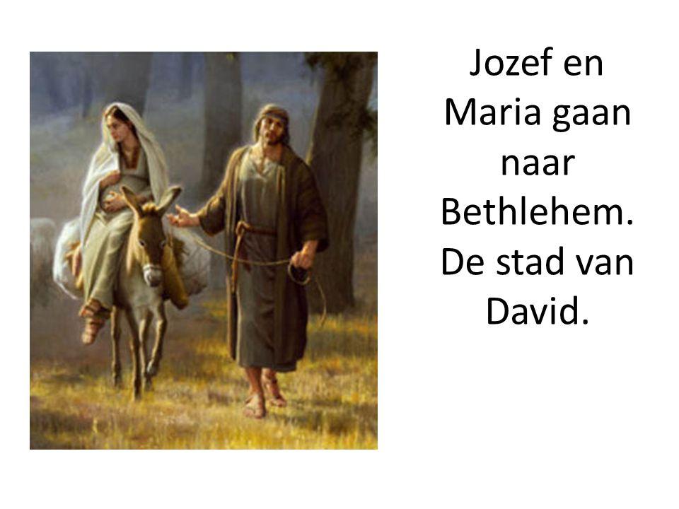 God had de wereld zó lief, dat hij zijn eniggeboren zoon gegeven heeft om de wereld te redden .