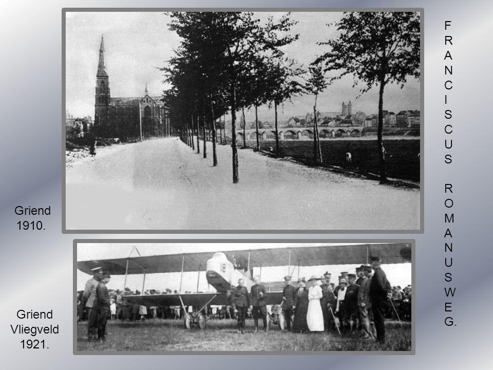 Cörversplein. Op zondag 1898.