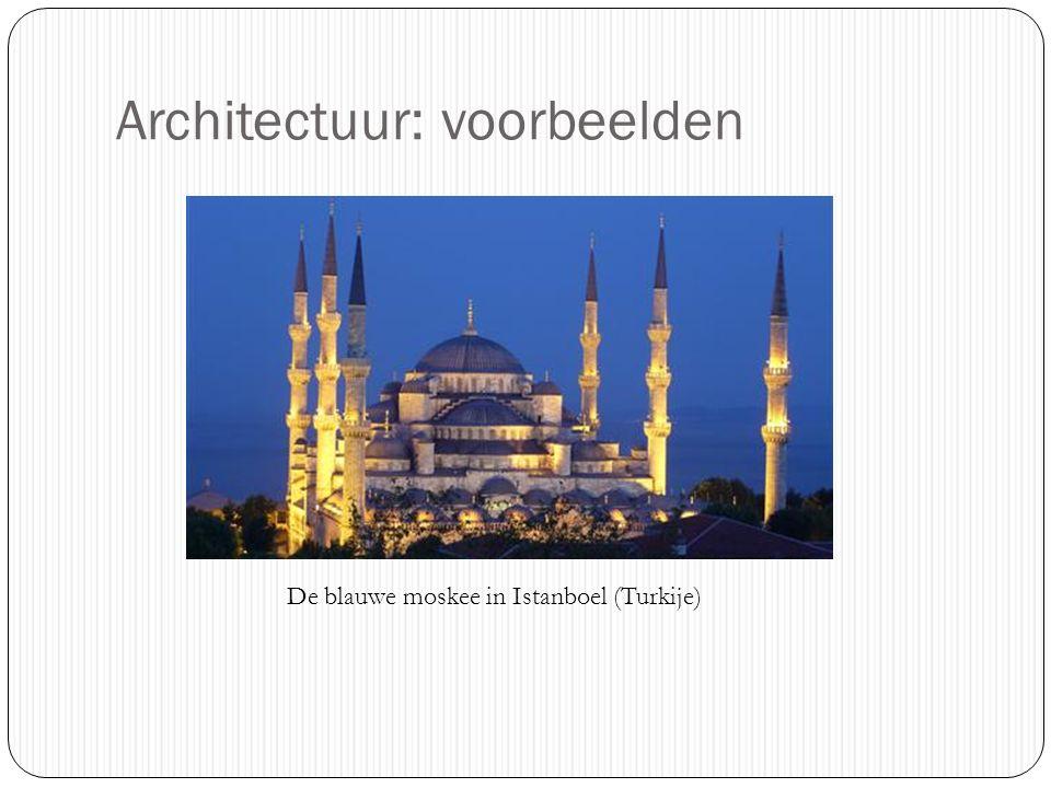Architectuur: voorbeelden De blauwe moskee in Istanboel (Turkije)