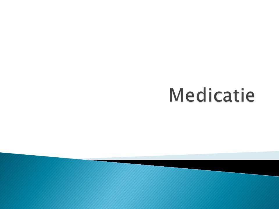 De regel van 5: 1 juiste medicijn 2 juiste persoon 3 juiste tijdstip 4 juiste hoeveelheid 5 Juiste toedieningswijze Let op: lees altijd de bijsluiter goed.