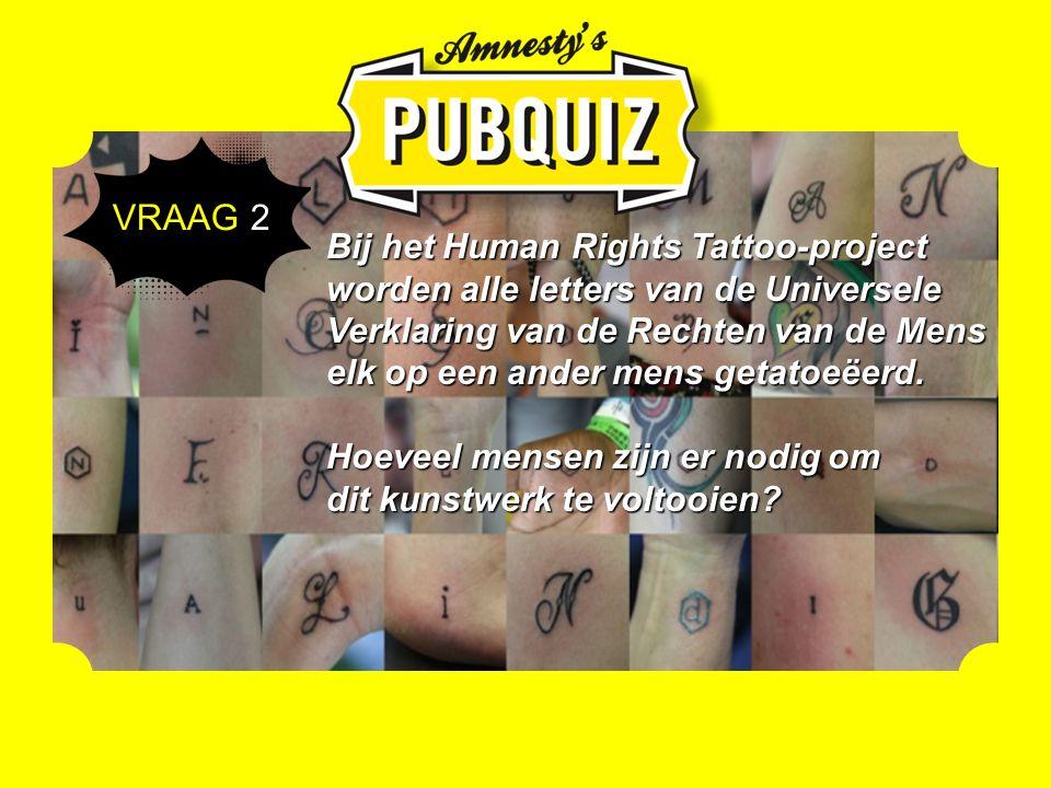 Bij het Human Rights Tattoo-project worden alle letters van de Universele Verklaring van de Rechten van de Mens elk op een ander mens getatoeëerd.