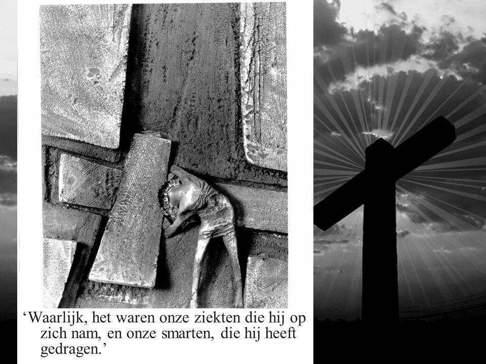 4 de Statie: Jezus ontmoet zijn moeder.