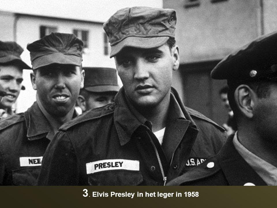 13. De originele Ronald McDonald in 1963