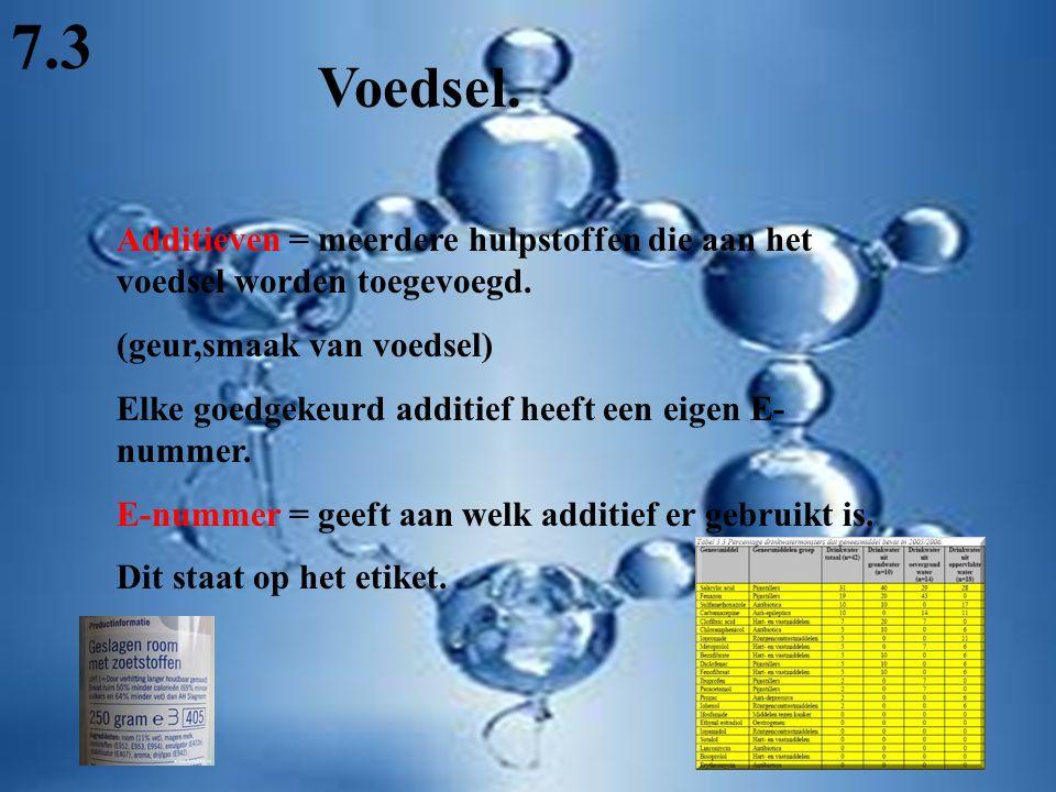 Additieven = meerdere hulpstoffen die aan het voedsel worden toegevoegd.