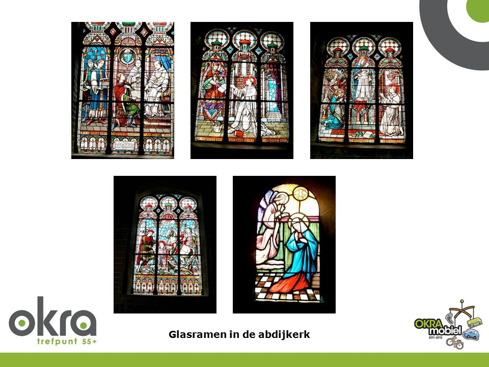 Glasramen in de abdijkerk