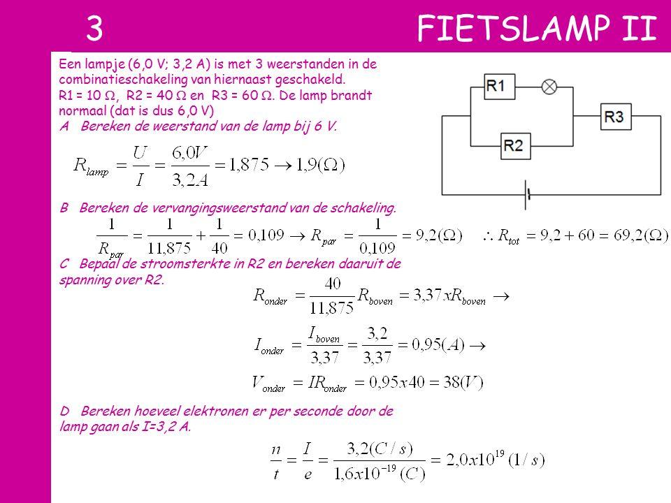 Een lampje (6,0 V; 3,2 A) is met 3 weerstanden in de combinatieschakeling van hiernaast geschakeld. R1 = 10 , R2 = 40  en R3 = 60 . De lamp brandt