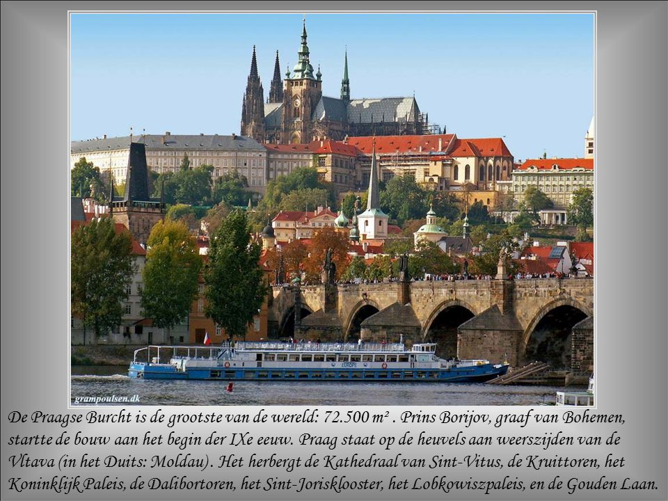 Praag, hoofdstad van de Tsjechische Republiek, is zowel een hedendaagse stad als een architecturale relikwie.