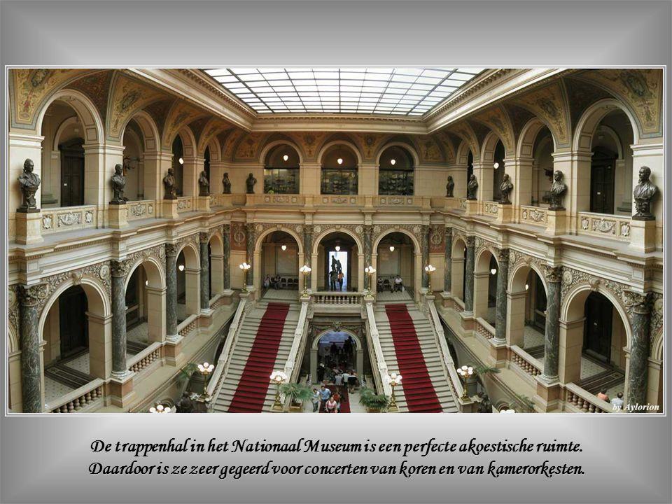 Het Nationaal Museum (Národni Muzeum) wordt beschouwd als een symbool van de Tsjechisch-nationale heropleving.