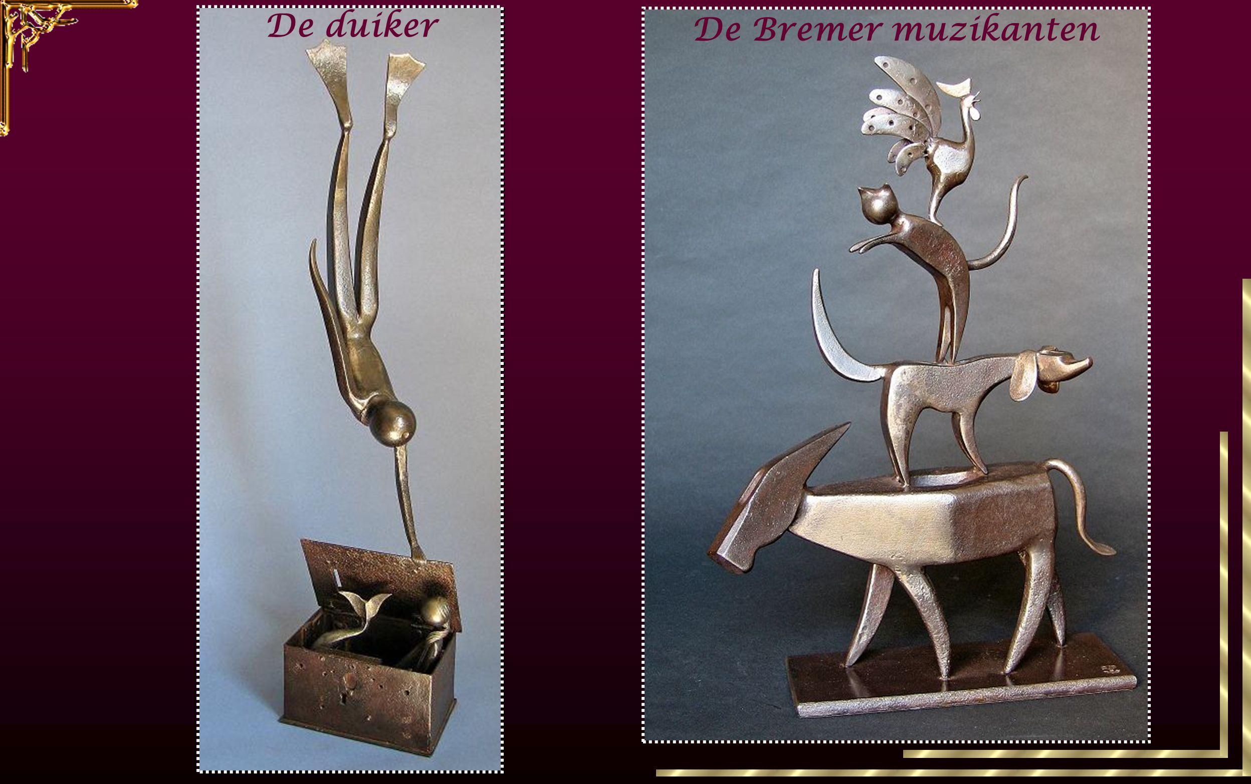 oud gereedschapijzeren voorwxerpen Deze beeldhouwer vindt zijn inspiratie in oud gereedschap of ijzeren voorwxerpen die hij via assemblage transformeert in personages of dieren in beweging.
