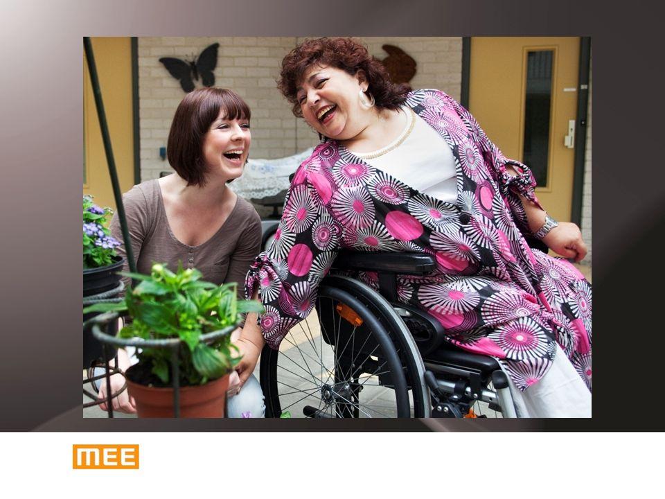 MEE MEE is dé organisatie die mensen met een beperking helpt om mee te doen in de samenleving.