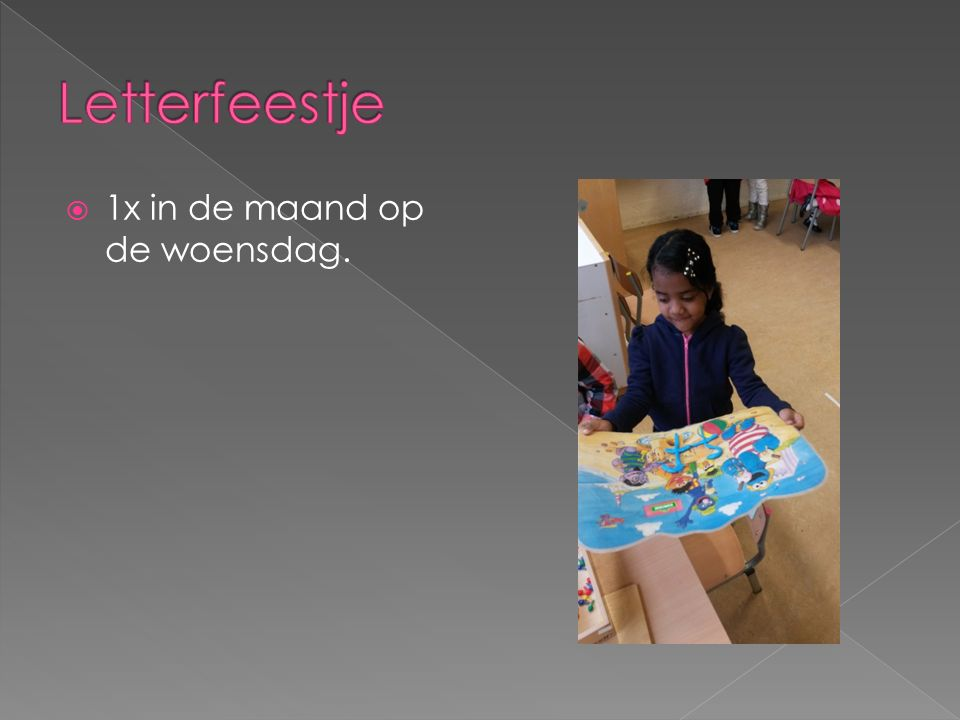  Gymkleding mee; schoenen, t-shirt, broekjes; linnentasje krijgen kinderen te leen van leerkracht.