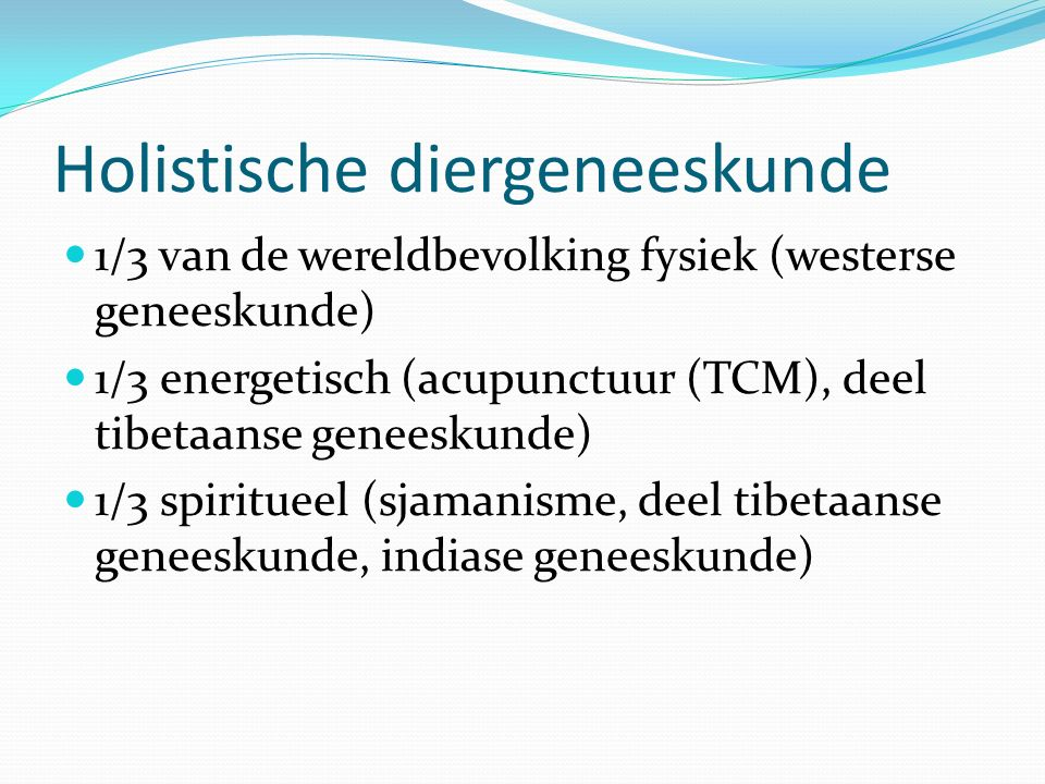 Fundamentele substanties In de westerse geneeskunde: zuurstof, water, bloed, aminozuren, suikers, vetten, vitaminen, mineralen, electrolyten In de chinese geneeskunde: Qi (levensenergie), Xue (bloed), Jin ye (dikke en dunne vloeistof ), Jing (Essence), Shen (vitale geest) De oude chinezen hadden geen microscopen.