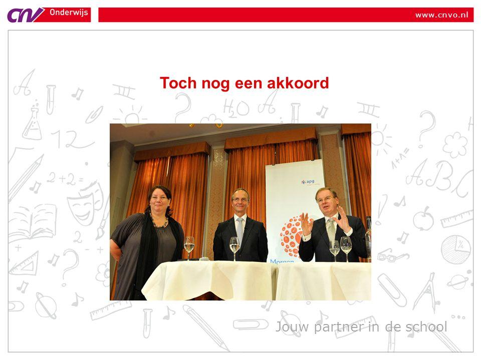 www.cnvo.nl Verloop dekkingsgraad 2011 2010 ultimo 2011 Eind juni 2011 Eind sept Verschil 3 e kwartaal Vermogen237242235- 7 Verplichtingen Rente 225 3,5% 217 3,8% 260 2,7% + 43 Dekkingsgraad105%112%90%- 22 % punt