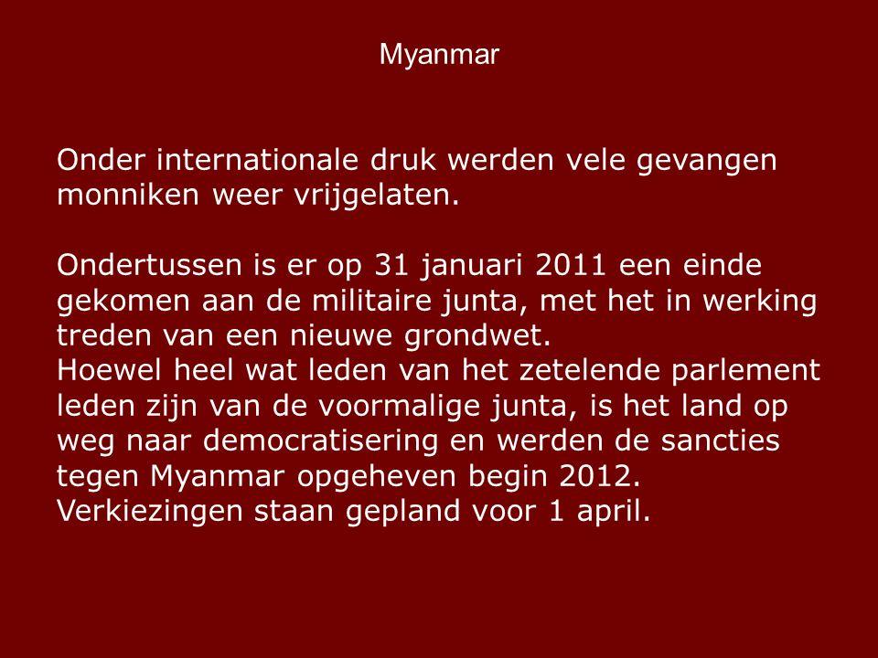 Myanmar Onder internationale druk werden vele gevangen monniken weer vrijgelaten.