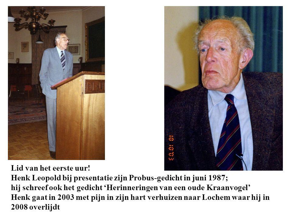 Lid van het eerste uur! Henk Leopold bij presentatie zijn Probus-gedicht in juni 1987; hij schreef ook het gedicht 'Herinneringen van een oude Kraanvo