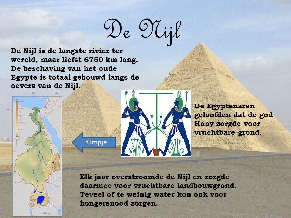 De goden De Egyptenaren hadden wel meer dan 50 goden.