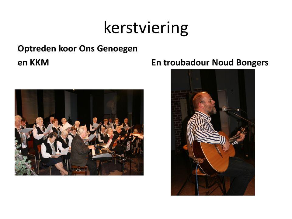 kerstviering Optreden koor Ons Genoegen en KKMEn troubadour Noud Bongers