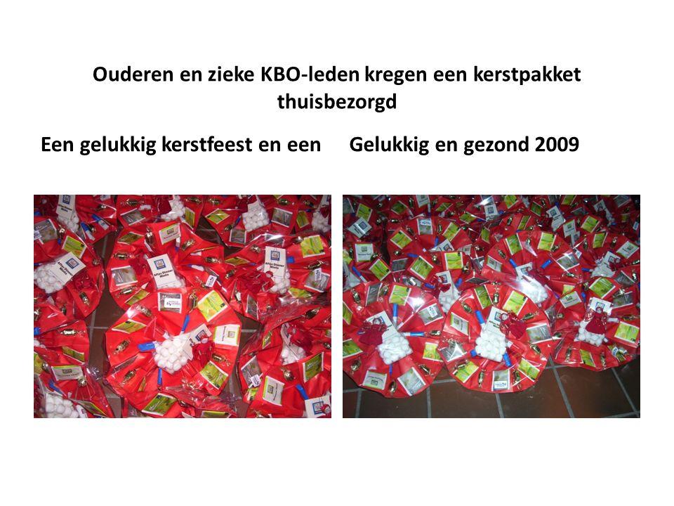 Ouderen en zieke KBO-leden kregen een kerstpakket thuisbezorgd Een gelukkig kerstfeest en eenGelukkig en gezond 2009