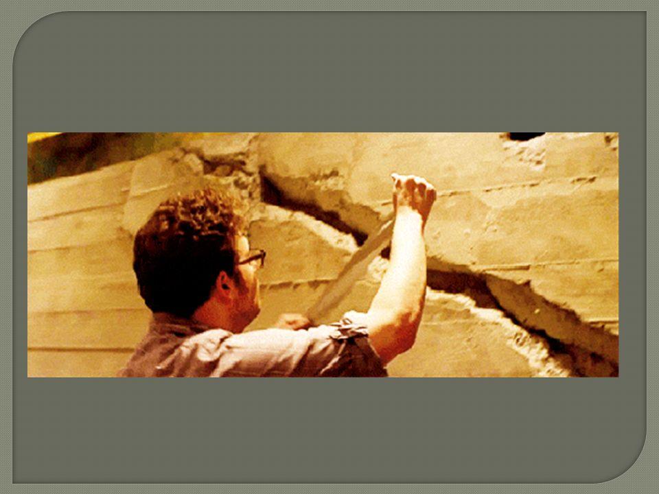 Een tweede oplossing zou zijn Het beperken van de maximale doorbuiging van de draagvloer Dit realiseert men door bij de dimensionering een maximale doorbuiging van de vloer in aanmerking te nemen.