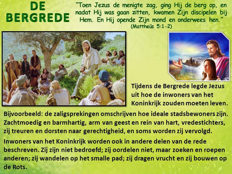 Toen Jezus de menigte zag, ging Hij de berg op, en nadat Hij was gaan zitten, kwamen Zijn discipelen bij Hem.